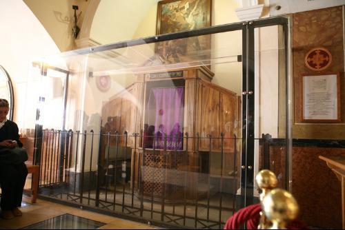 Ver Online El Confesionario